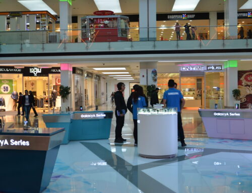 Samsung Jibal Family mall stand